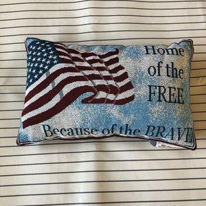 NWOT - U.S.A Patriotic Decorative Pillow SMALL